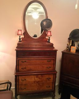 Vintage dresser - two tone with carved bead detailing
