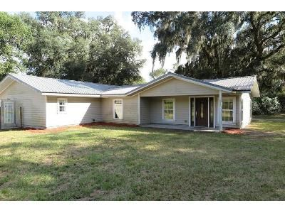 3 Bed 3 Bath Foreclosure Property in Brooker, FL 32622 - SW 118th Ln