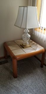 Single Stone Top End Table