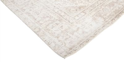 """Vintage, Hand Knotted Area Rug - 6' 3"""" x 9' 1"""""""