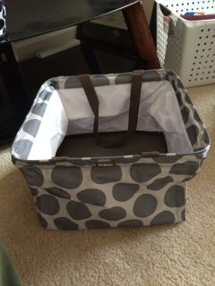 Thirty-one gray square tote