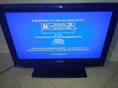 "32"" Magnavox Tv w/ built-in DVD player"