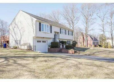 171 Silverwood Dr Taunton Three BR, **Seller is requesting Best