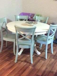 Pottery Barn table & Chairs