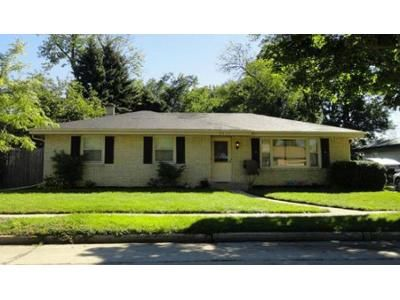 3 Bed 1.5 Bath Foreclosure Property in Racine, WI 53402 - Manhattan Dr