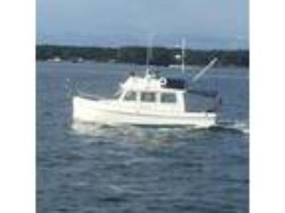 Grand Banks Trawler 32
