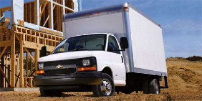 2013 Chevrolet Express 3500 3500 (Summit White)