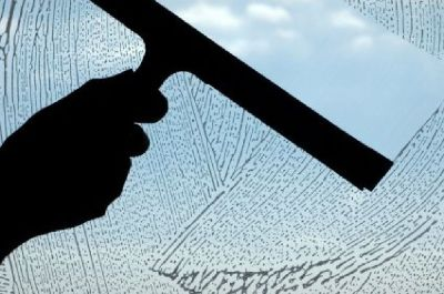How Window Washing Can Help to Maintain a Beautiful Outdoors