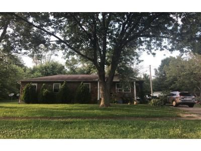 3 Bed 1 Bath Preforeclosure Property in Radcliff, KY 40160 - Wilma Ave