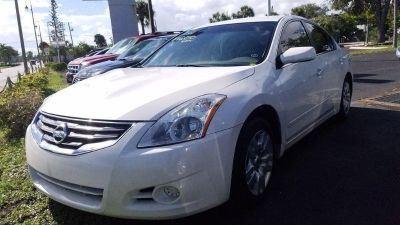 2012 Nissan Altima 2.5 (White)