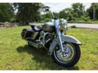 2009 Harley-Davidson FLHRC-Road-King-Classic Touring in Somers, NY