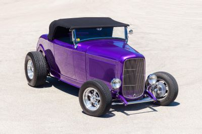 1932 Ford Highboy Roadster (Purple)