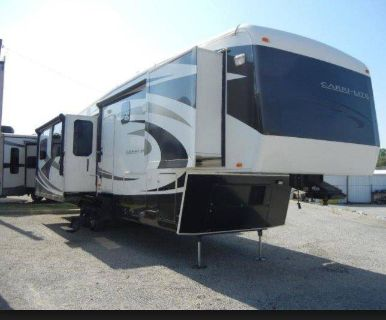 2011 Carriage Carri-Lite CL36MAX1