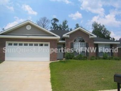 3/2 Bedroom Executive Home in West Mobile