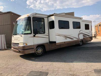 2001 Georgie Boy Landau 33FT - Low Miles & Slide