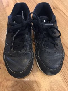 Nike air Max shoes size 2