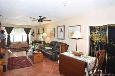 2400 NE 33rd Ave 211 Fort Lauderdale Two BR, Updated 2/2 condo