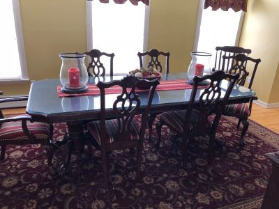 Dining Room Table with 8 chairs, Hutch and Buffet