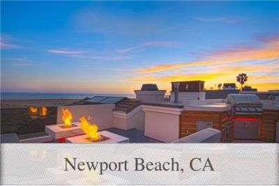 4 bedrooms House - On the sand between the famed Wedge and the Balboa Pier.