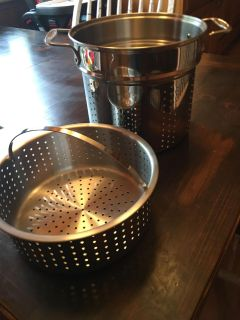 Pot and strainer