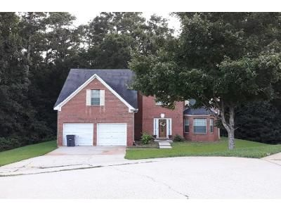 4 Bed 3 Bath Preforeclosure Property in Hampton, GA 30228 - Rolling Meadows Ct