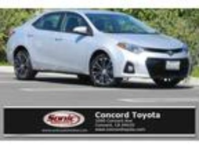 Used 2016 Toyota Corolla Silver, 46.1K miles