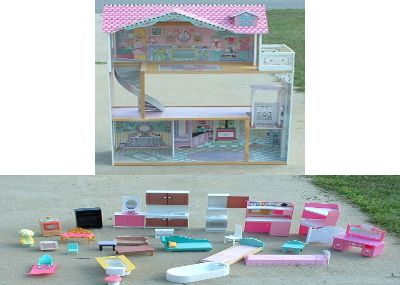 dollhouse / doll house