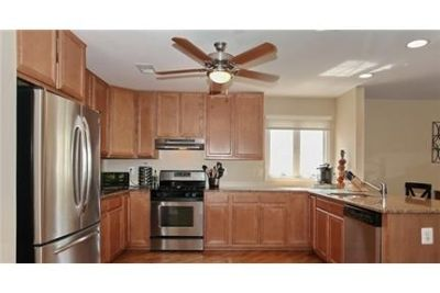 4 bedrooms House - Conveniently located close to NYC train & bus. Washer/Dryer Hookups!
