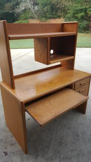 REAL WOOD Solid Student DESK with HUTCH