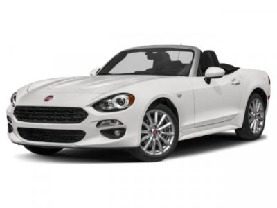 2019 Fiat 124 Spider Lusso (Brillante White)