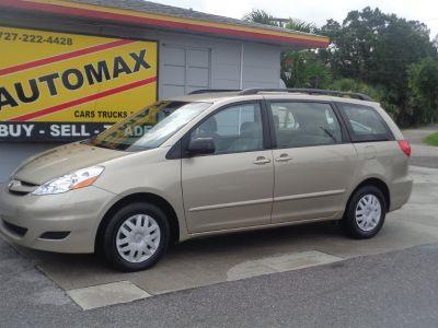 2007 Toyota Sienna CE 7-Passenger (Gold)
