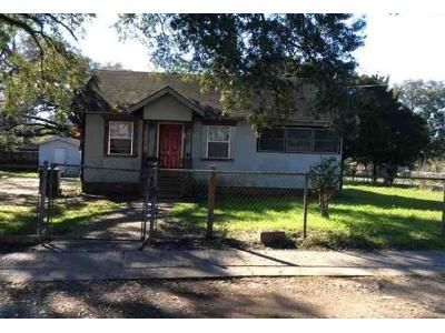 3 Bed 1 Bath Foreclosure Property in Mobile, AL 36610 - Seminole Ave