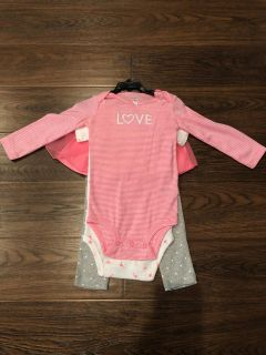 2 long sleeve onesies and 1 pant with skirt attached. Never worn tags on smoke free18months