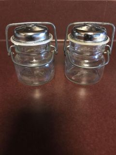 Farm house salt and pepper shakers