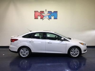 2018 Ford Focus Titanium (White Platinum Metallic Tri-Coat)