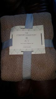 SPECIAL TODAY! New! The Comfort collection two pack throw set