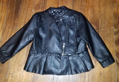 Excellent condition Joe Fresh leather looking jacket