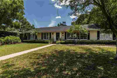 3614 W Lykes Avenue Tampa Four BR, .32 Acres! This 3/2 block