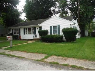 3 Bed 1.5 Bath Foreclosure Property in Centerville, IN 47330 - E School St