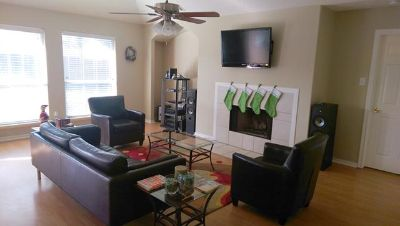 $675, FurnishedRoom FOR RENT Professionals Only Very Upscale House Willowbrook MallNW Houston, Male Preferred