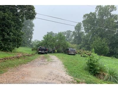 Preforeclosure Property in Harriman, TN 37748 - Allison Dr