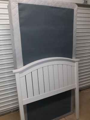 Twin White Headboard,Boxspring and Rails (no mattress)