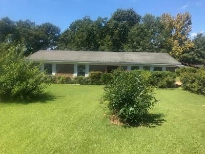 3 Bed 2 Bath Foreclosure Property in Mobile, AL 36619 - Fairland Dr