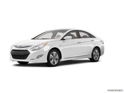 2015 Hyundai Sonata Hybrid Base (Diamond White Pearl)
