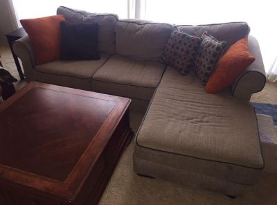 BEIGE CHENILLE COUCH W/CHAISE (PET FRIENDLY HOME)