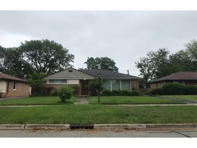 1 Bath Preforeclosure Property in Des Plaines, IL 60016 - S 3rd Ave