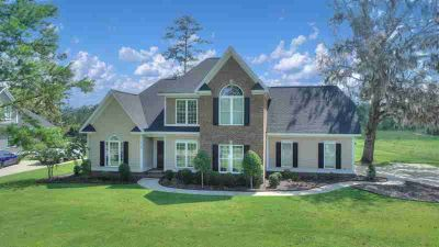 213 Quail Chase Drive Leesburg Four BR, NEW PRICE.