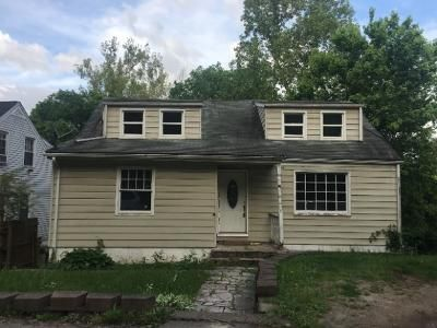 3 Bed 2 Bath Foreclosure Property in Charleston, WV 25314 - Wilkie Dr