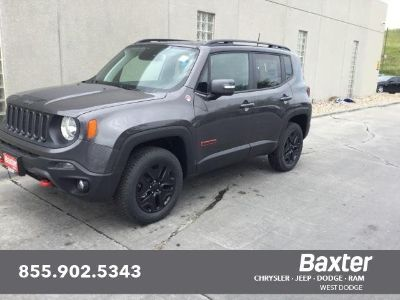 2018 Jeep Renegade Trailhawk (Granite Crystal Metallic Clearcoat)