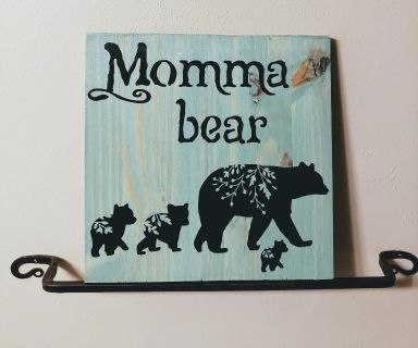 Mama bear and her cubbies